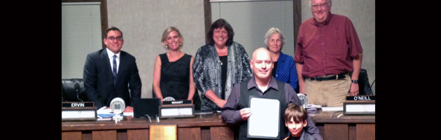 Soundwaves honored by Pacifica City Council for 25 Years of Xmas charity