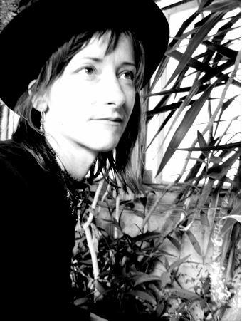 Twirl Radio #814 – Amy Annelle