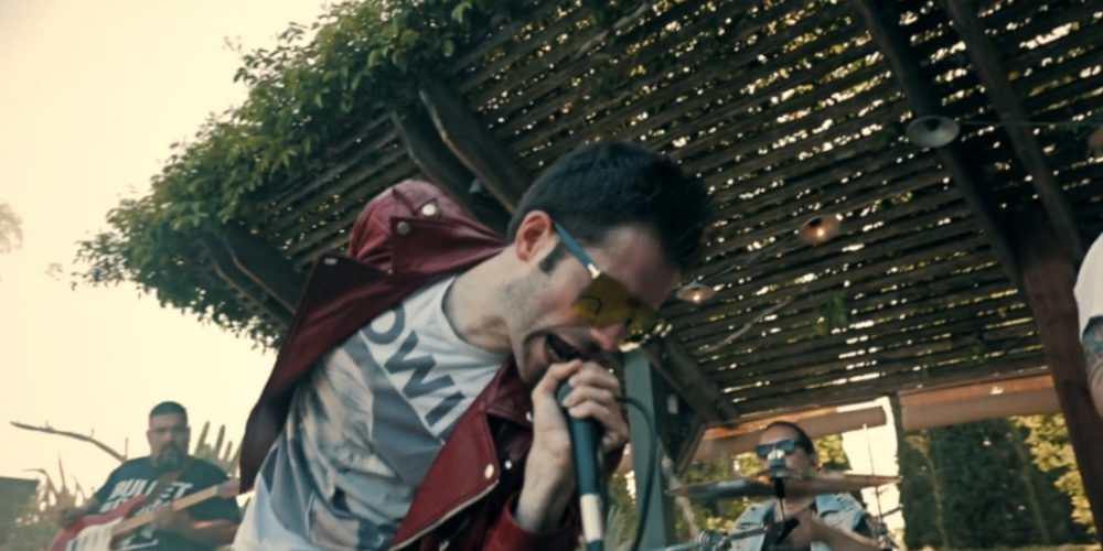 "Video Premiere – Frantic Romantic, ""Ready to Go"""
