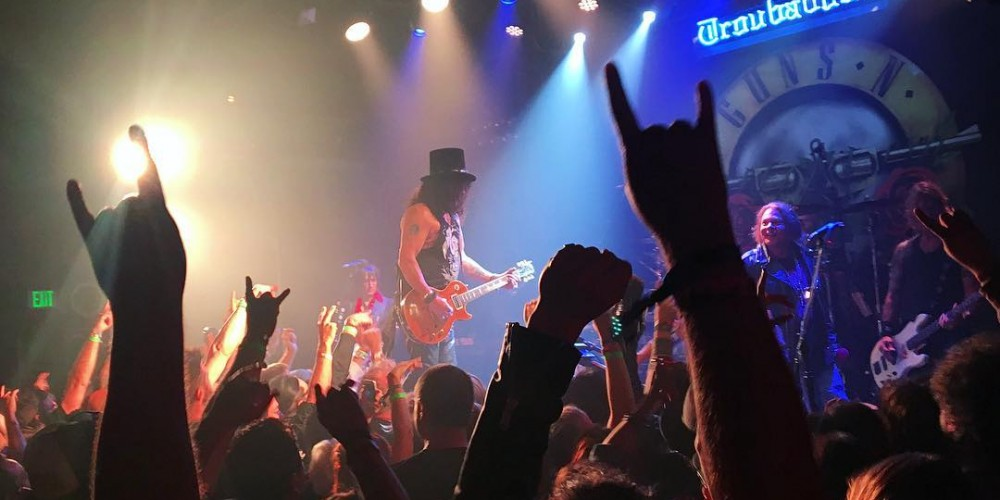 Reunited Guns N' Roses lineup play first show in 23 years