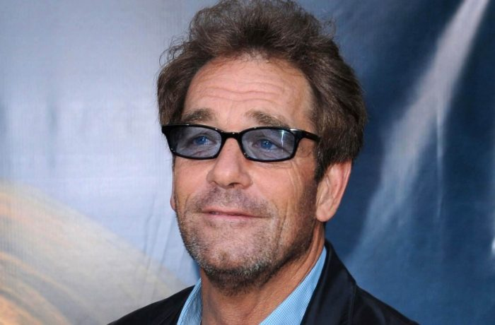 Huey Lewis and the News cancel all 2018 Shows Due to Hearing Loss